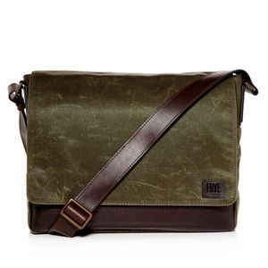 FRYE Green Carter Waxed Canvas Messenger Bag Olive